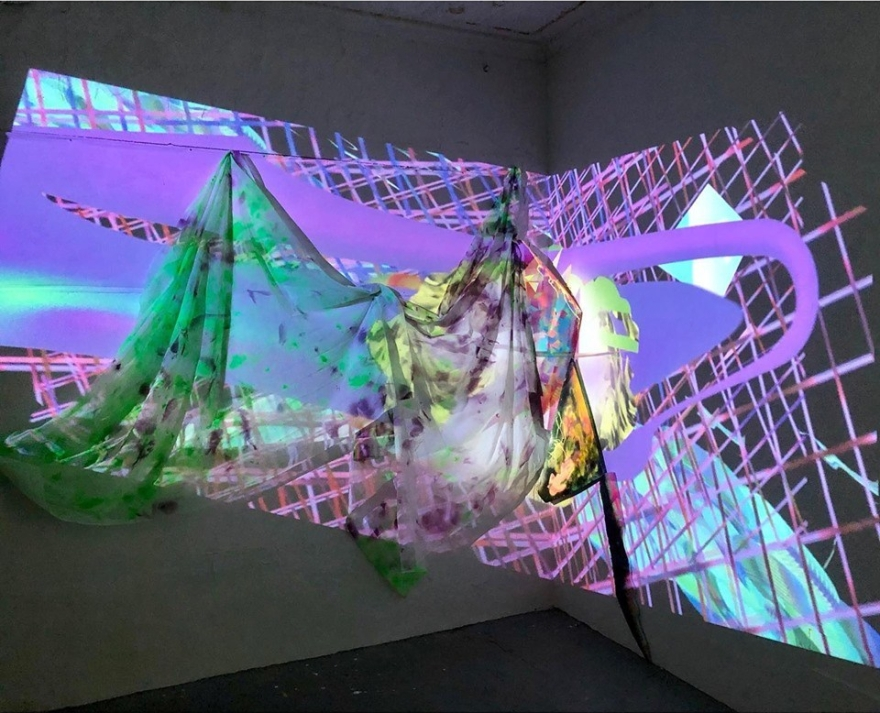 projection_1_web